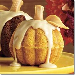 mini-pumpkin-cakes-l